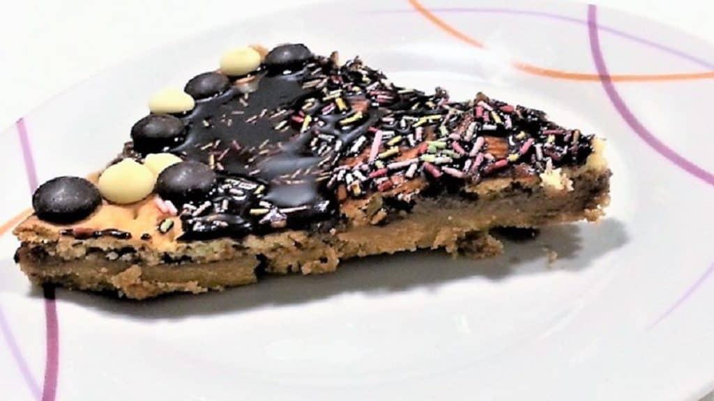 tarta de chocolate con galletas, sin horno plato presentación tarta
