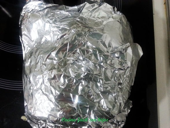 cordero asado baja temperatura, cordero envuelto en aluminio
