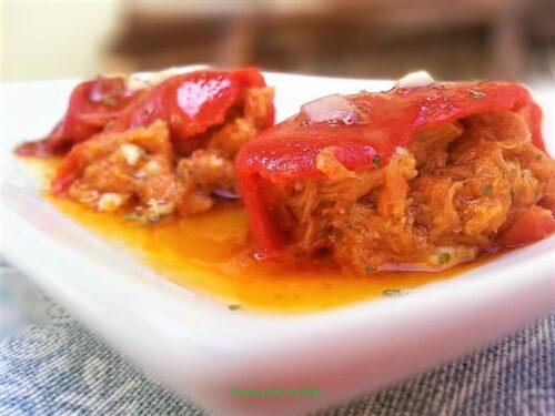pimientos del piquillo rellenos, plato terminado, foto entrada