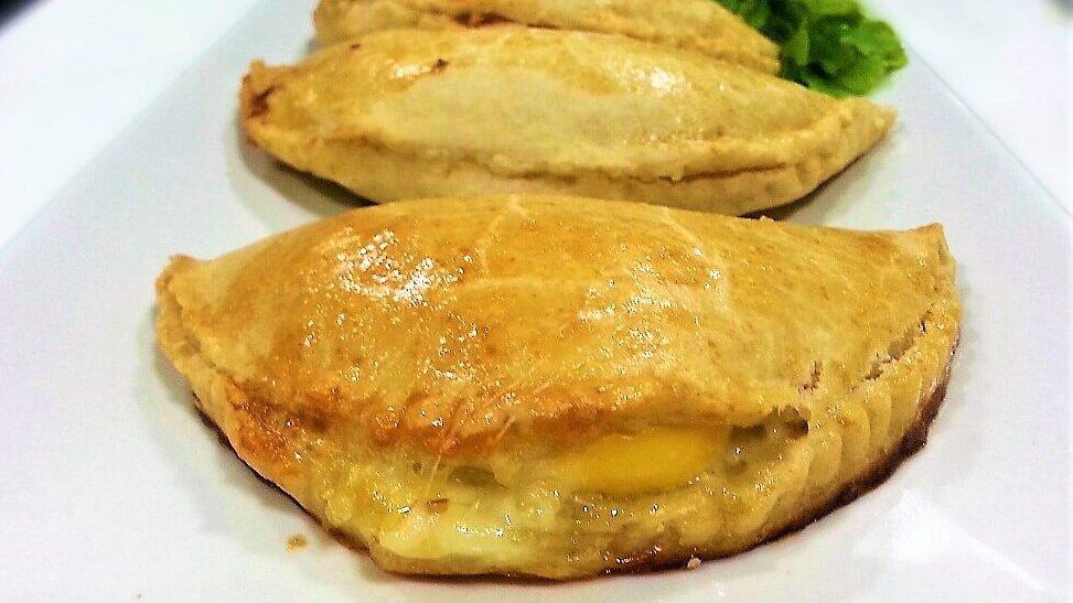 empanada de queso empanada de viento foto entrada