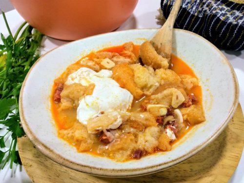 sopa de ajo, foto plato terminado entrada