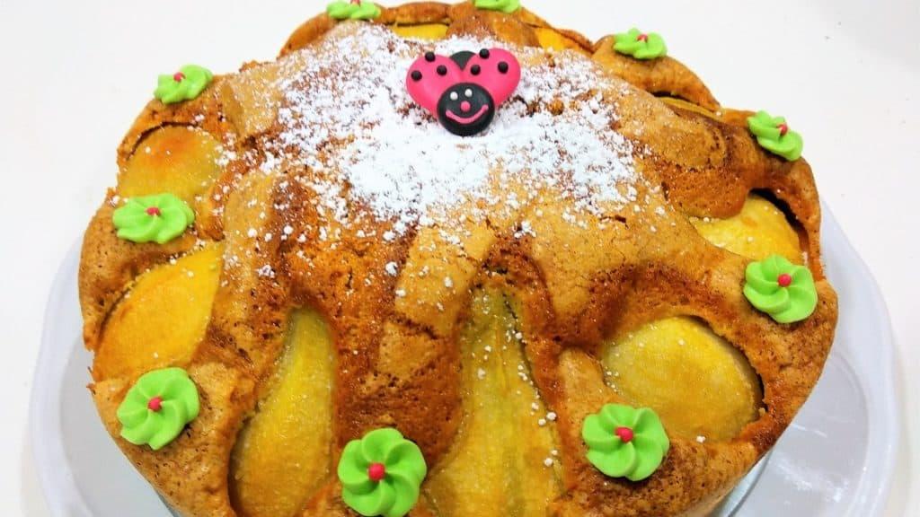 tarta de peras, tarta terminada presentación entrada