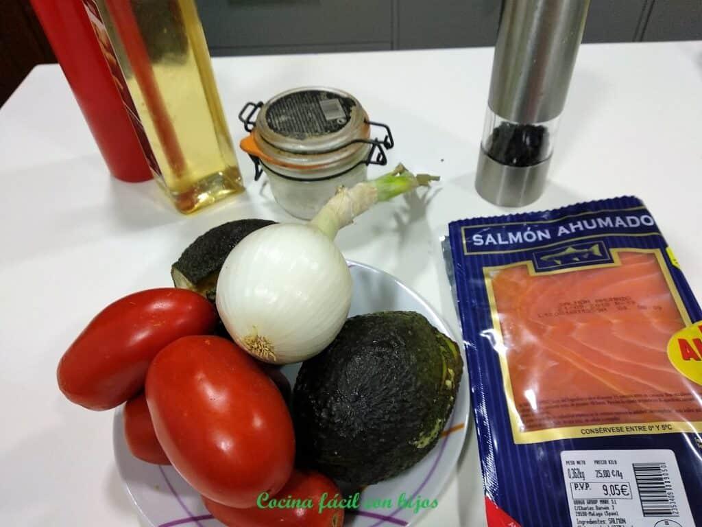 ensalada de salmón ahumado, ingredientes