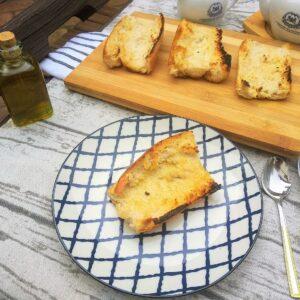 Tosta de pan con aceite, el mejor desayuno