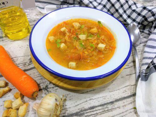 sopa de verduras plato terminado foto entrada