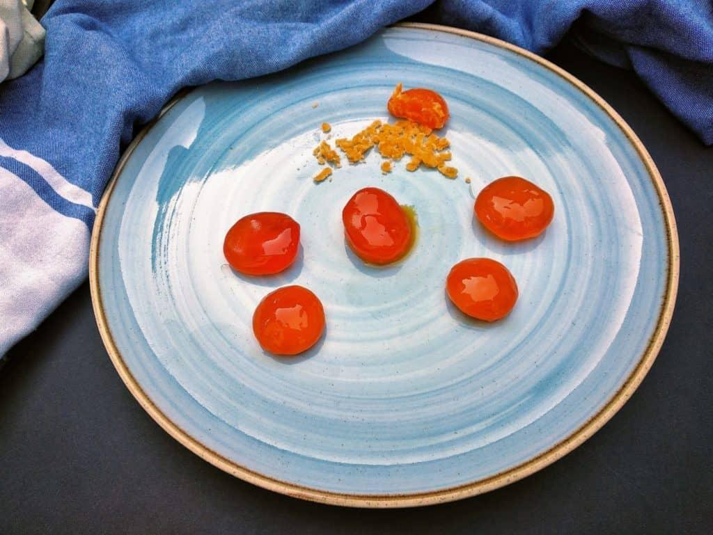 cómo hacer yemas de huevos curadas foto entrada