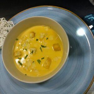 Sopa de Almendras salada, receta tradicional