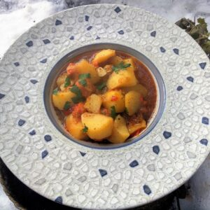 Patatas viudas, un rico plato tradicional en Semana Santa