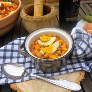 Potaje de garbanzos, receta tradicional de Semana Santa